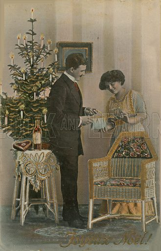 Happy Christmas. Postcard sent in 1913.