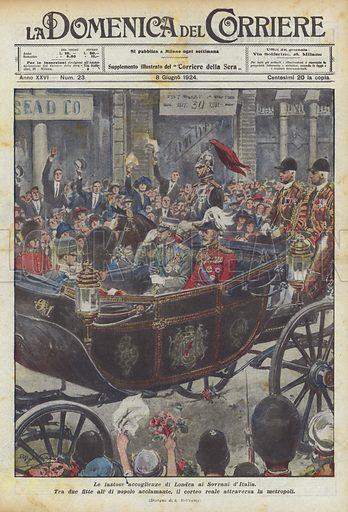 Le fastose accoglienze di Londra ai Sovrani d'Italia. Tra due fitte ali di popolo acclamante, il corteo reale attraversa la metropoli. Illustration for La Domenica Del Corriere, 8 June 1924.