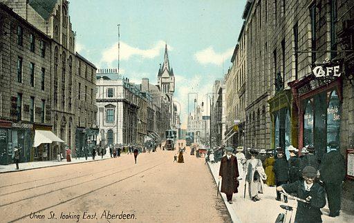 Union Street, looking East, Aberdeen.  Postcard, early 20th century.