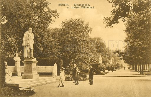 Siegesallee and statue of Kaiser Wilhelm I, Berlin. Postcard, early 20th century.