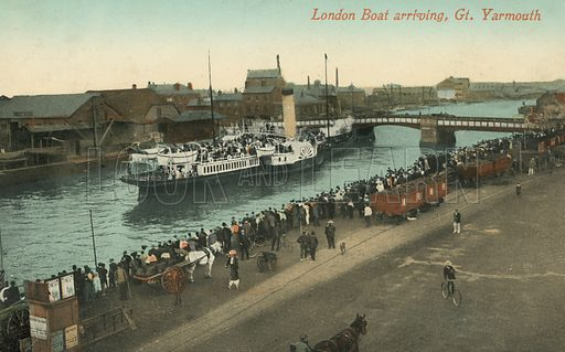 Paddle steamer from London arriving at Great Yarmouth, Norfolk. Postcard, early 20th century.