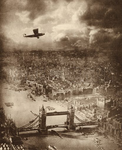 Aerial photo of London, c 1920