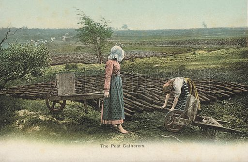 Peat gatherers at work. Postcard, early 20th century.