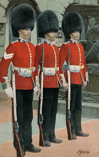 Three British guardsmen. Postcard, early 20th century.