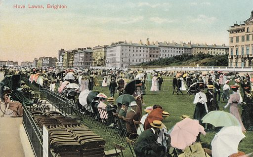 Crowds promenading on Hove Lawns, Brighton, Sussex. Postcard, early 20th century.