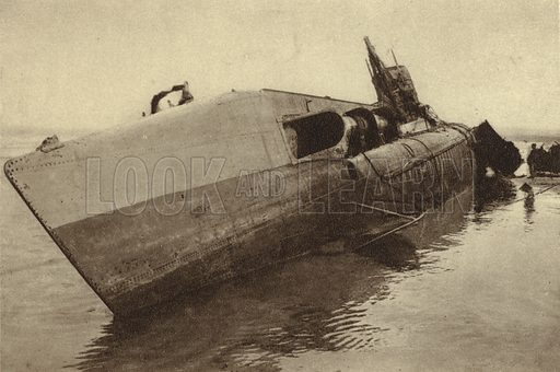 German minelaying U-boat UC-61, scuttled by her crew after becoming standed off Wissant, France, World War I, August 1917. Illustration from Der Weltkrieg im Bild (Verlag Der Weltkrieg Im Bild, Munich, c1928).