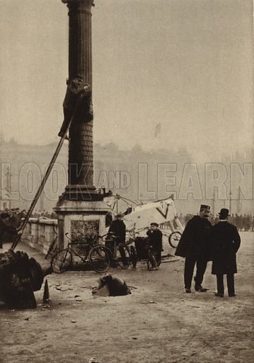 Aftermath of a German air raid on Paris: unexploded bomb and a French aircraft forced to make an emergency landing on the Place de la Concorde, World War I, 31 January 1918. Illustration from Der Weltkrieg im Bild (Verlag Der Weltkrieg Im Bild, Munich, c1928).