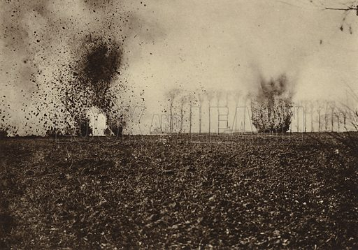 Shells exploding in front of St Vaast Wood, near Arras, France, World War I, 1914-1918. The area saw fierce fighting in the Second Battle of Artois in May and June 1915. Illustration from Der Weltkrieg im Bild (Verlag Der Weltkrieg Im Bild, Munich, c1928).