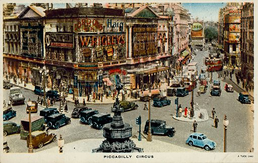 Piccadilly Circus, London.  Postcard, early to mid 20th century.