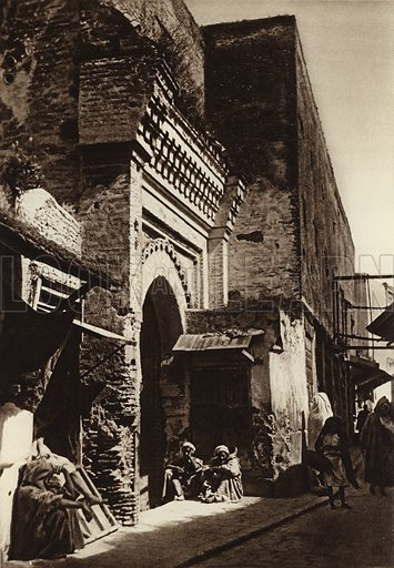 Meknes, Bab Kaa. Illustration for Picturesque North Africa (Jarrolds, c 1925).  First published by Ernst Wasmuth, Berlin, 1925.  Gravure-printed. Photo credit: Photo-Flandrin Casablanca.