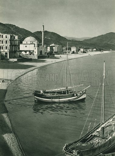 Giresun limani, The Port of Giresun, the Hazelnut Town. Illustration for Fotografla Turkiye [ie Turkey in Pictures] published by The General Direction of The Press, Ankara, c 1930.  Photographs provided by Orthmar Pferschy (1898-1984).  It is not clear whether or not all the photos are by Pferschy, or whether or not the copyright was acquired by the State.  Gravure printed.