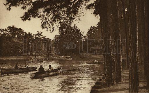 Au Bois de Boulogne. Illustration for souvenir booklet, Les petit tableaux de Paris (Mona, c 1910).  Gravure-printed.