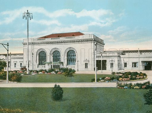 Southern Pacific, Sixteenth Street Station, Oakland, California. Illustration for The Shasta Route, In all its Grandeur, A scenic guide book from San Francisco, California to Portland, Oregon (Curt Tech, 1923).