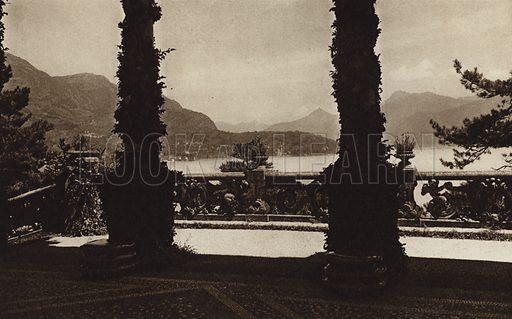 Lago di Como, Villa Arconati.  Illustration for Unbekanntes Italien [Unknown Italy] by Kurt Hielscher (F A Brockhaus, 1941). Gruvure printed.