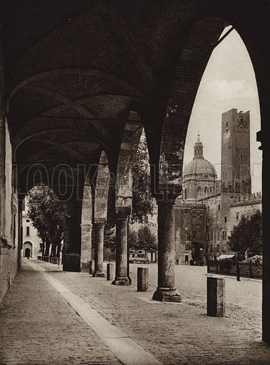 Mantua, Piazza Sordello, Torre della Gabbia.  Illustration for Unbekanntes Italien [Unknown Italy] by Kurt Hielscher (F A Brockhaus, 1941). Gruvure printed.