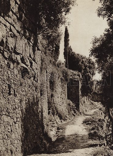 Volterra, Mura etrusche.  Illustration for Unbekanntes Italien [Unknown Italy] by Kurt Hielscher (F A Brockhaus, 1941). Gruvure printed.