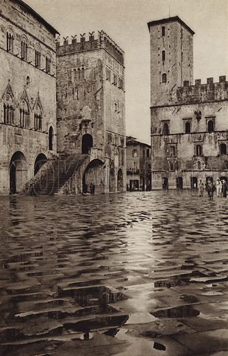 Todi, Piazza, Palazzo Comunale.  Illustration for Unbekanntes Italien [Unknown Italy] by Kurt Hielscher (F A Brockhaus, 1941). Gruvure printed.