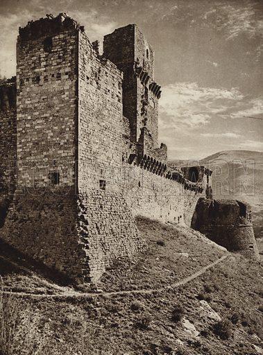 Assisi, Rocca Maggiore.  Illustration for Unbekanntes Italien [Unknown Italy] by Kurt Hielscher (F A Brockhaus, 1941). Gruvure printed.
