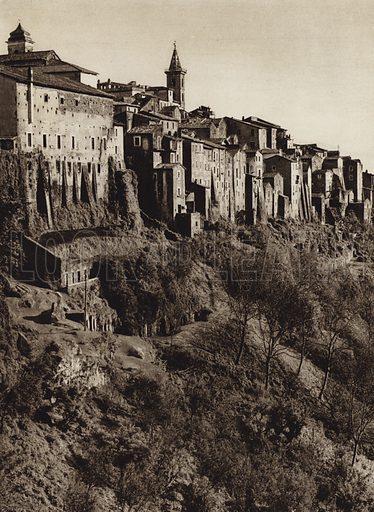 Genazzano.  Illustration for Unbekanntes Italien [Unknown Italy] by Kurt Hielscher (F A Brockhaus, 1941). Gruvure printed.