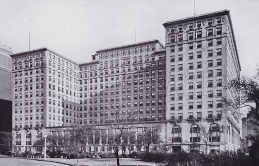 The Drake Hotel. Illustration for Chicago, The Wonder City (2nd edn, Horder, 1930).  At the back of the book, credit for the photographs is given to: Chicago Aerial Survey Co, Chicago Architectural Photographing Co, Kaufmann & Fabry Co.