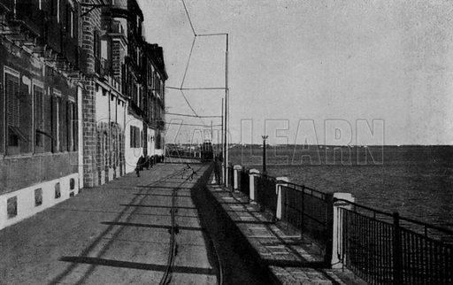 Taranto, Corso Vittorio Emanuele. Illustration for Ricordo di Taranto (Giovanni Rimini, c 1900).  Only suitable for repro at small size.