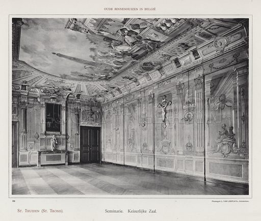 St Truiden (St Trond), Seminarie, Keizerlijke Zaal. Illustration for Oude Binnenhuizen in Belgie by K Sluyterman, met 100 lichtdrukken naar opnamen van G Sigling (Martinus Nijhoff, 1913).
