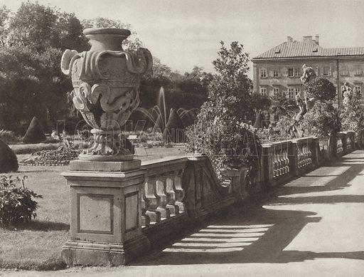 Salzburg, Schloss Mirabell. Illustration for Osterreich Landschaft und Baukunst by Kurt Hielscher (Ernst Wasmuth, 1928).  Gravure printed.