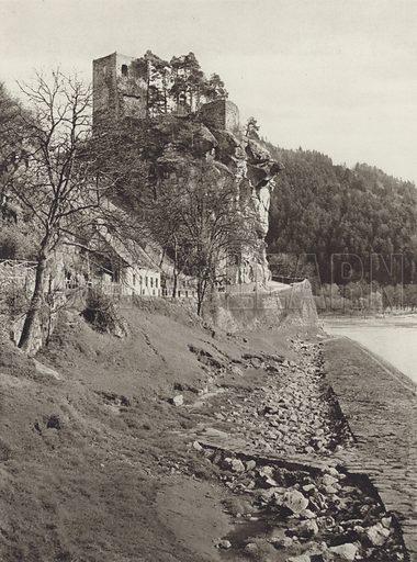 Ruine Werfenstein a d Donau. Illustration for Osterreich Landschaft und Baukunst by Kurt Hielscher (Ernst Wasmuth, 1928).  Gravure printed.