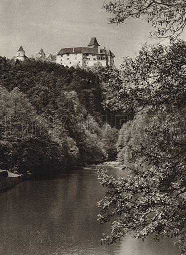 Rosenburg a Kamp. Illustration for Osterreich Landschaft und Baukunst by Kurt Hielscher (Ernst Wasmuth, 1928).  Gravure printed.