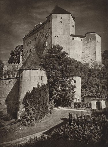 Burg Rapottenstein. Illustration for Osterreich Landschaft und Baukunst by Kurt Hielscher (Ernst Wasmuth, 1928).  Gravure printed.