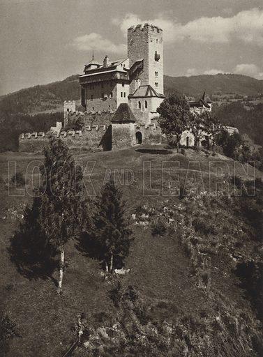Burg Geiersberg bei Friesach. Illustration for Osterreich Landschaft und Baukunst by Kurt Hielscher (Ernst Wasmuth, 1928).  Gravure printed.