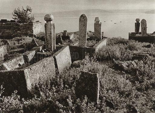 Balcic, Turkish cemetery. Illustration for Rumanien, Landschaft, Bauten, Volksleben, by Kurt Hielscher (F A Brockhaus, 1933).  Gravure printed.