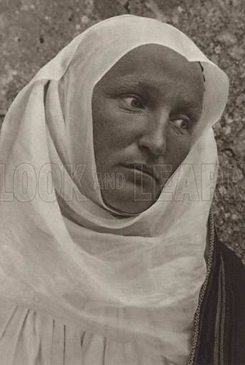 Viscri, Saxon woman in church attire. Illustration for Rumanien, Landschaft, Bauten, Volksleben, by Kurt Hielscher (F A Brockhaus, 1933).  Gravure printed.