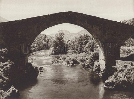 Roman bridge in Cangas de Onis, Asturia. Illustration for Das Unbekannte Spanien, Baukunst, Landschaft, Volksleben, by Kurt Hielscher (Ernst Wasmuth, 1925).  Gravure printed.
