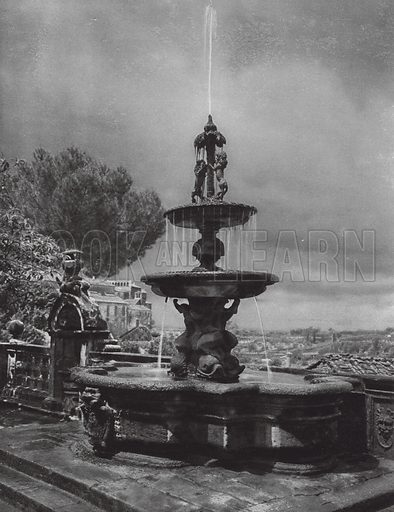 Viterbo, Fontana nel cortile del Palazzo Municipale; Viterbo, Fountain in the court of the Palazzo Municipale. Illustration for Italien, Baukunst und Landschaft (Ernst Wasmuth, 1925). Gravure printed.