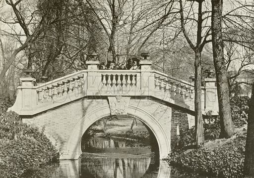 Parc Monceau, Le Pont. Illustration for Album National (Boulanger, c 1900).