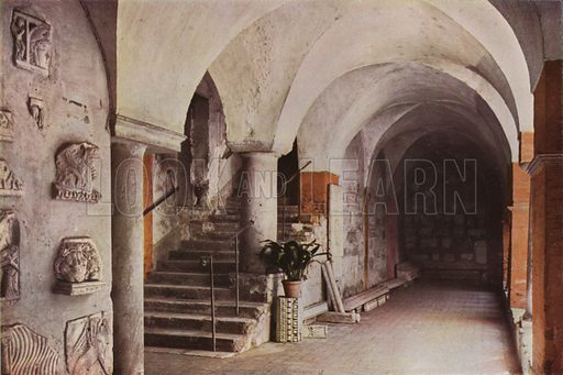 Basilica of St Lawrence, Cloister, Partial View. Basilica di S Lorenzo, Chiostro, particolare. Illustration for Roma Sacra (Uvachrom, 1925). Photographs by Ludwig Preiss.