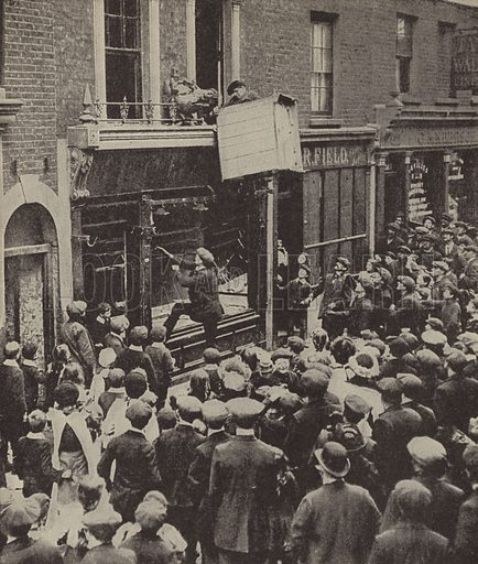 Anti-German riots in Britain after the sinking of the Lusitania, 1915