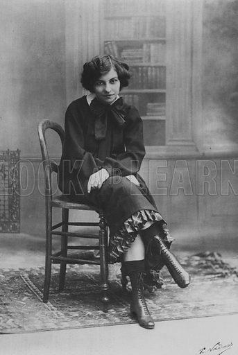 """Miss Polaire as """"Claudine"""". Illustration for A Paris vers 1900 by Louis Cheronnet (Chroniques du Jour, 1932)."""