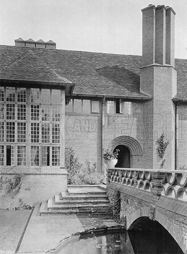 The Hall Window, the Great Oriel and the Circular Pool. Photograph in Gardens Old and New Vol III (Country Life, c 1910).