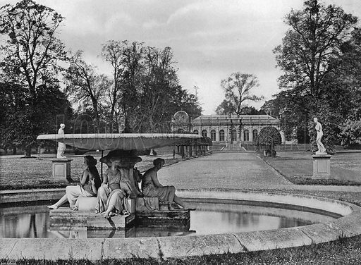 The Orangery Walk. Photograph in Gardens Old and New Vol III (Country Life, c 1910).