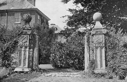 The Old Entrance. Photograph in Gardens Old and New Vol III (Country Life, c 1910).