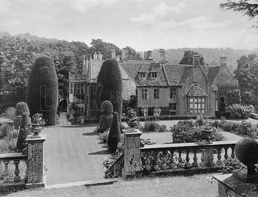 From the Fourth Terrace. Photograph in Gardens Old and New Vol III (Country Life, c 1910).
