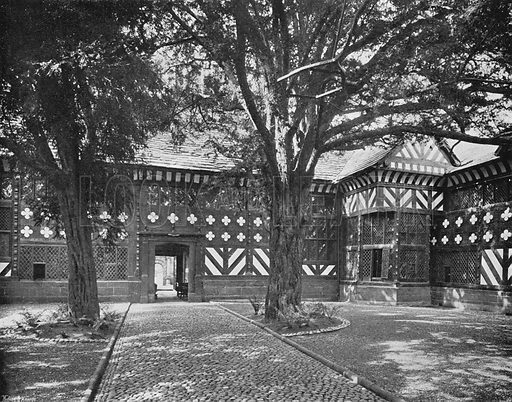 In the Quadrangle. Photograph in Gardens Old and New Vol III (Country Life, c 1910).