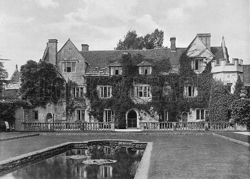 Front in the Green Court. Photograph in Gardens Old and New Vol III (Country Life, c 1910).
