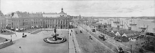 Bordeaux - La Bourse et le Port. Photograph for Le Panorama Merveilles de France (De Neurdein, c 1895).