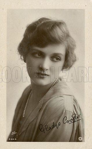 Edwardian postcard of Gladys Cooper.