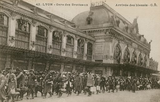 Lyon, Gare des Brotteaux, arrival of the wounded.