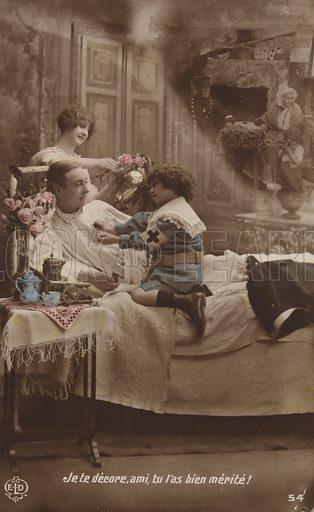 Je te decore, ami, tu l'as bien merite! Postcard, circa early twentieth century.