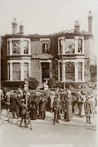 Boarding house on Cromwell Road damaged in a Zeppelin raid on Southend, Essex, 10 May 1915.